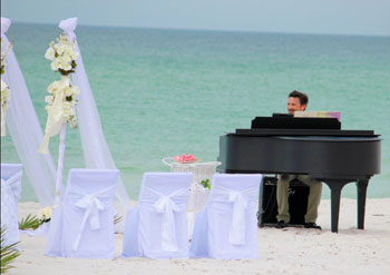 Live Piano player for Beach Weddings on Anna Maria Island in Florida