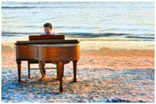 Baby Grand Piano for Florida Beach Weddings